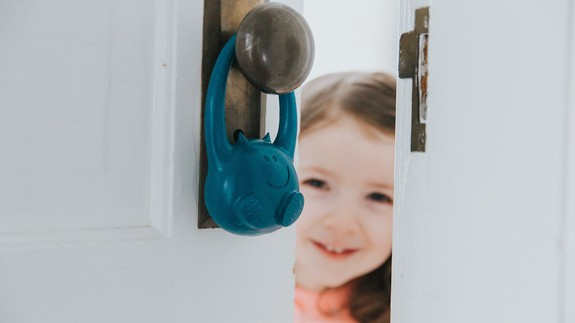 This toddler monitor is helping parents track their roaming kids