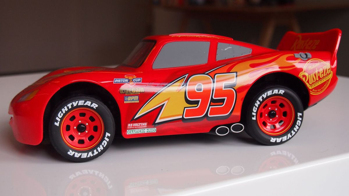 This Ultimate Lightning Mcqueen Robot Is Awesomely Real