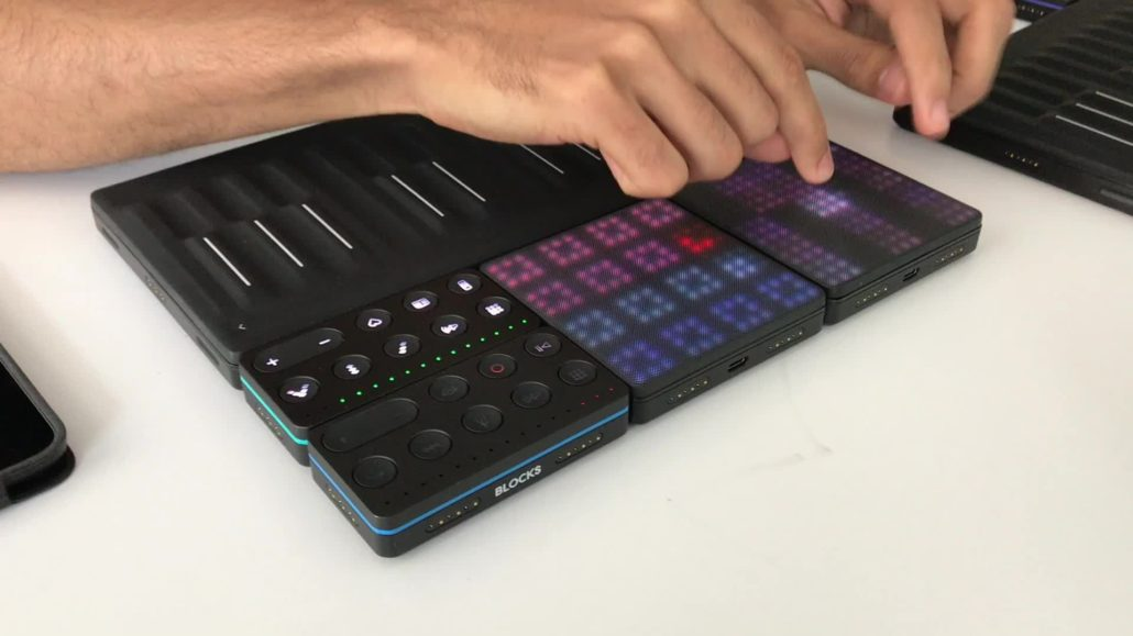 Sound-bending mini piano is all you need to become a DJ god