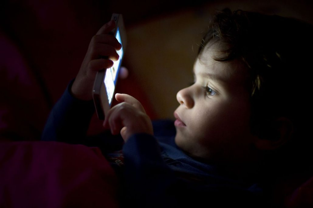 Why banning the sale of smartphones to kids is a bad idea