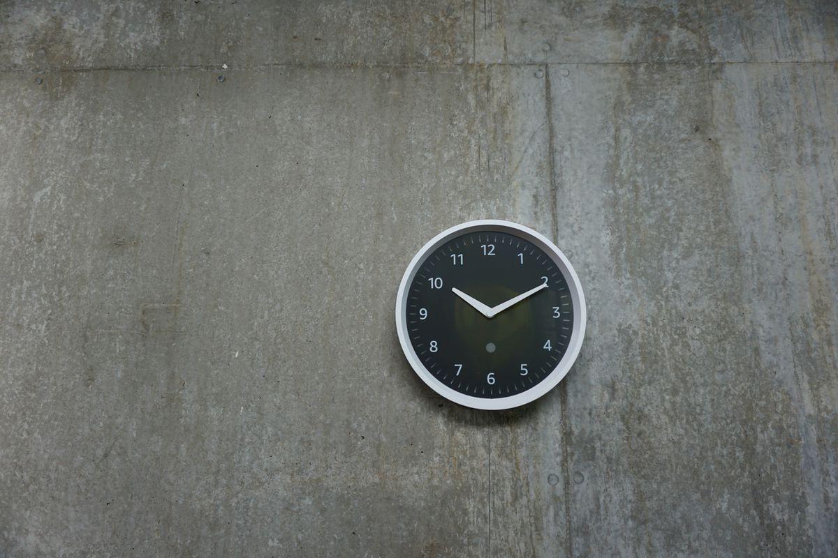 Echo Wall Clock.
