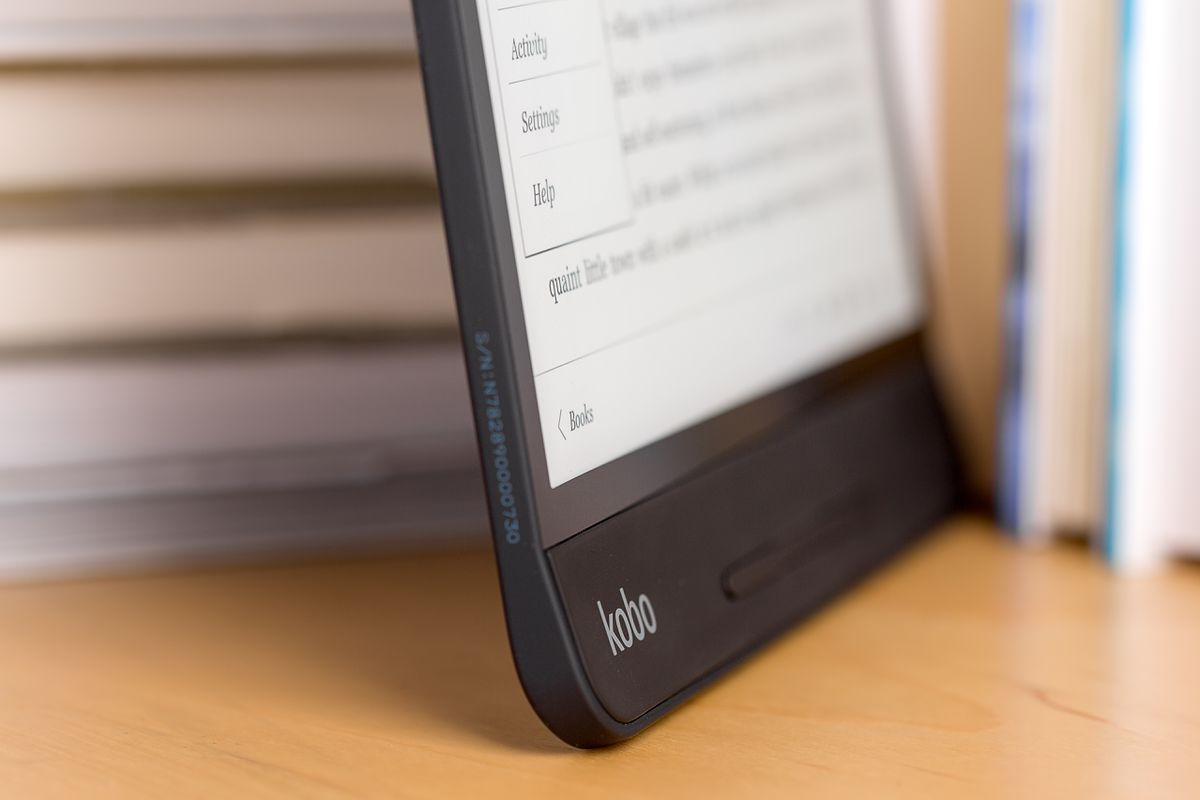 Kobo Forma review: A great, but pricey Kindle alternative