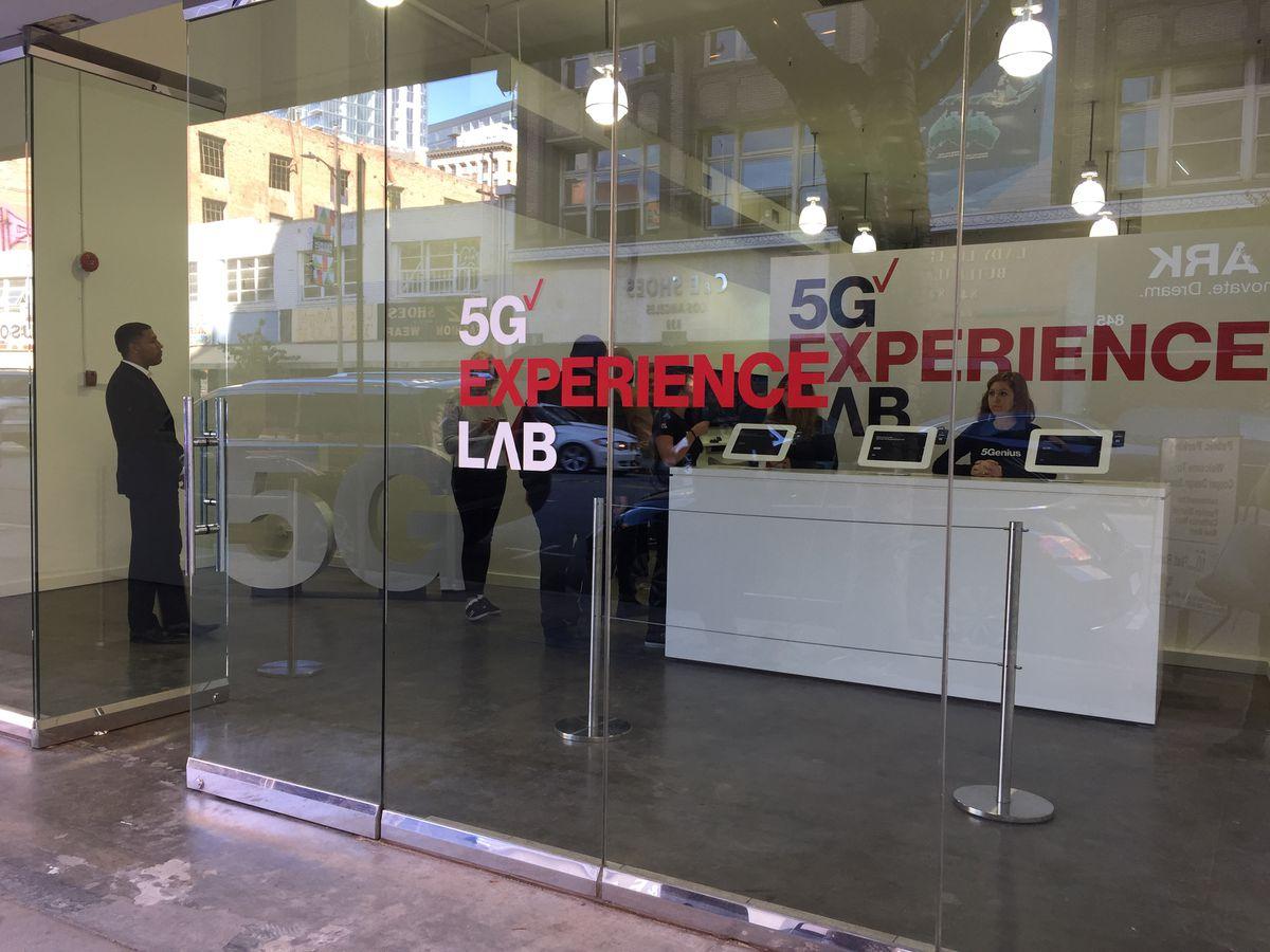Ready 2 experience.