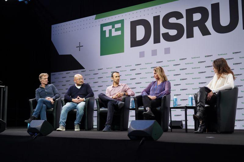 Sophia Bendz, Siraj Khaliq, Hiro Tamura and Niall Wass (Atomico)DSC00081
