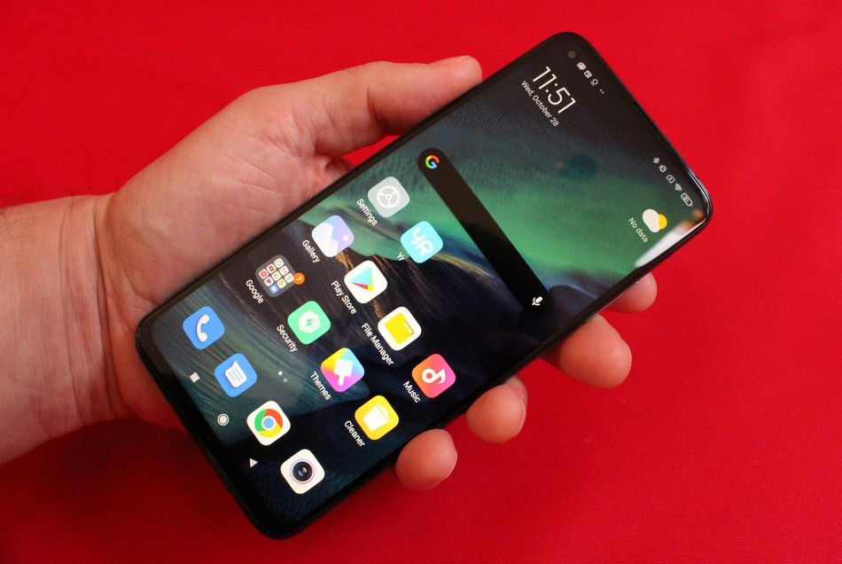 The 6.67-inch display makes the phone fairly big, but given the size of flagship phones these days, I'm used to it.